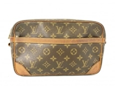 LOUIS VUITTON(ルイヴィトン)のコンピエーニュ28のセカンドバッグ