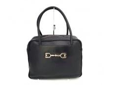 ジャーダロベルタディカメリーノのハンドバッグ