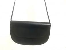 タニノクリスチーのショルダーバッグ