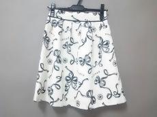 クレイサスのスカート