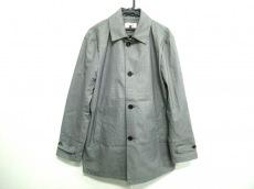 キーレッドのコート