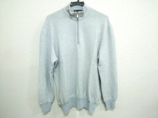 ロロピアーナのセーター