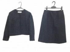 ボールジーのスカートスーツ