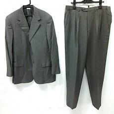 ブリオーニのメンズスーツ
