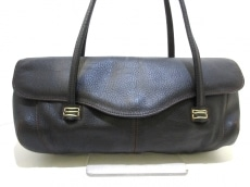 フレアのハンドバッグ
