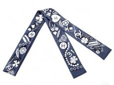 シャネルのスカーフ