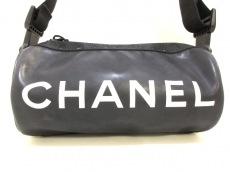 CHANEL(シャネル)のスポーツラインのショルダーバッグ