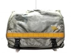マウンテンハードウェアのショルダーバッグ