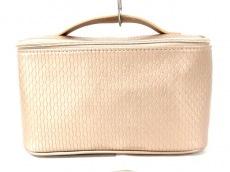 ブルガリパフュームのバニティバッグ
