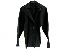 PLEATS PLEASE(プリーツプリーズ)のジャケット
