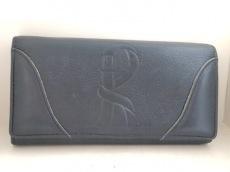 ジャーダロベルタディカメリーノの長財布