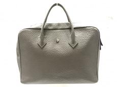 hinn(ヒン)のハンドバッグ