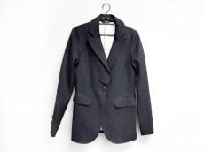 デュラスのジャケット