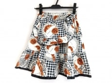 エミリーテンプルキュートのスカート