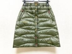 マーモットのスカート