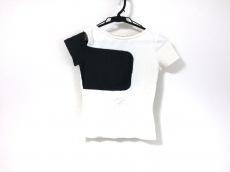 イエシムシャンブレのTシャツ