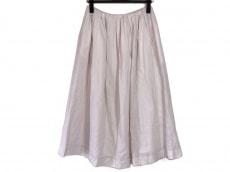 サリースコットのスカート