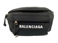 バレンシアガのウィール ベルトバッグ S