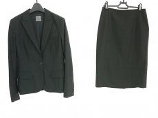 プレミス フォー セオリー リュクスのスカートスーツ