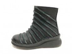 エスタシオンのブーツ