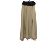 チノのスカート