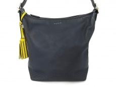COACH(コーチ)のレガシー パーフォレーテッド レザー ダッフルのショルダーバッグ