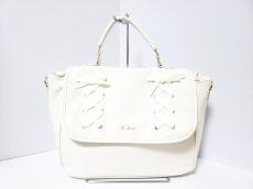 リズリサのハンドバッグ
