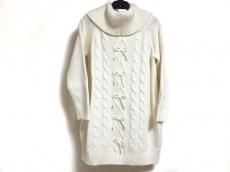 リズリサのセーター