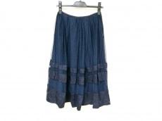 チェスティのスカート