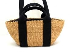 ムーニュのハンドバッグ