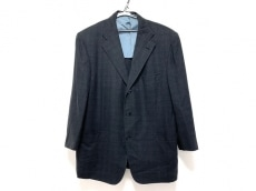 ブリオーニのジャケット