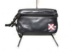 ラゲッジレーベルのセカンドバッグ