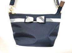 BLUE LABEL CRESTBRIDGE(ブルーレーベルクレストブリッジ)のバッグ