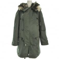 セリーヌのフーデッド パデッドコート