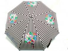 ヘンリベンデルの傘