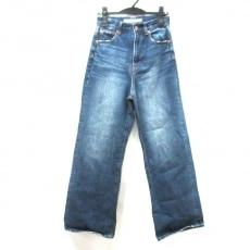 フレームワークのジーンズ