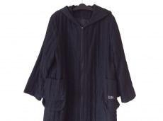 キッドブルーのコート