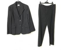 アイグナーのレディースパンツスーツ