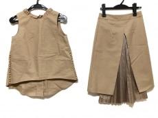 タロウホリウチのスカートセットアップ