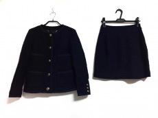 ダファーのスカートスーツ