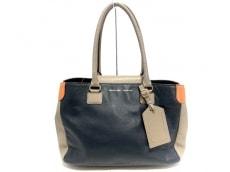 アクセソワのハンドバッグ