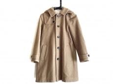 ネストローブのコート