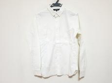 ナリフリのシャツ