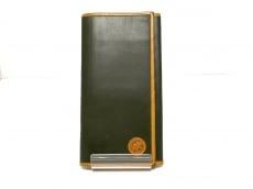 ハンティングワールドの長財布