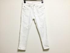 プラダのジーンズ