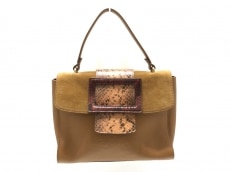 イアクッチのハンドバッグ