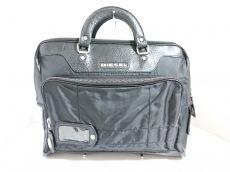 ディーゼルのビジネスバッグ