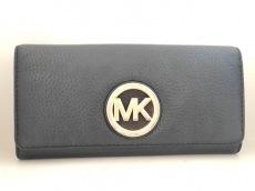 マイケルコースの長財布
