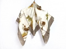 サルバトーレフェラガモのスカーフ