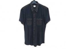 アルマーニコレッツォーニのシャツ